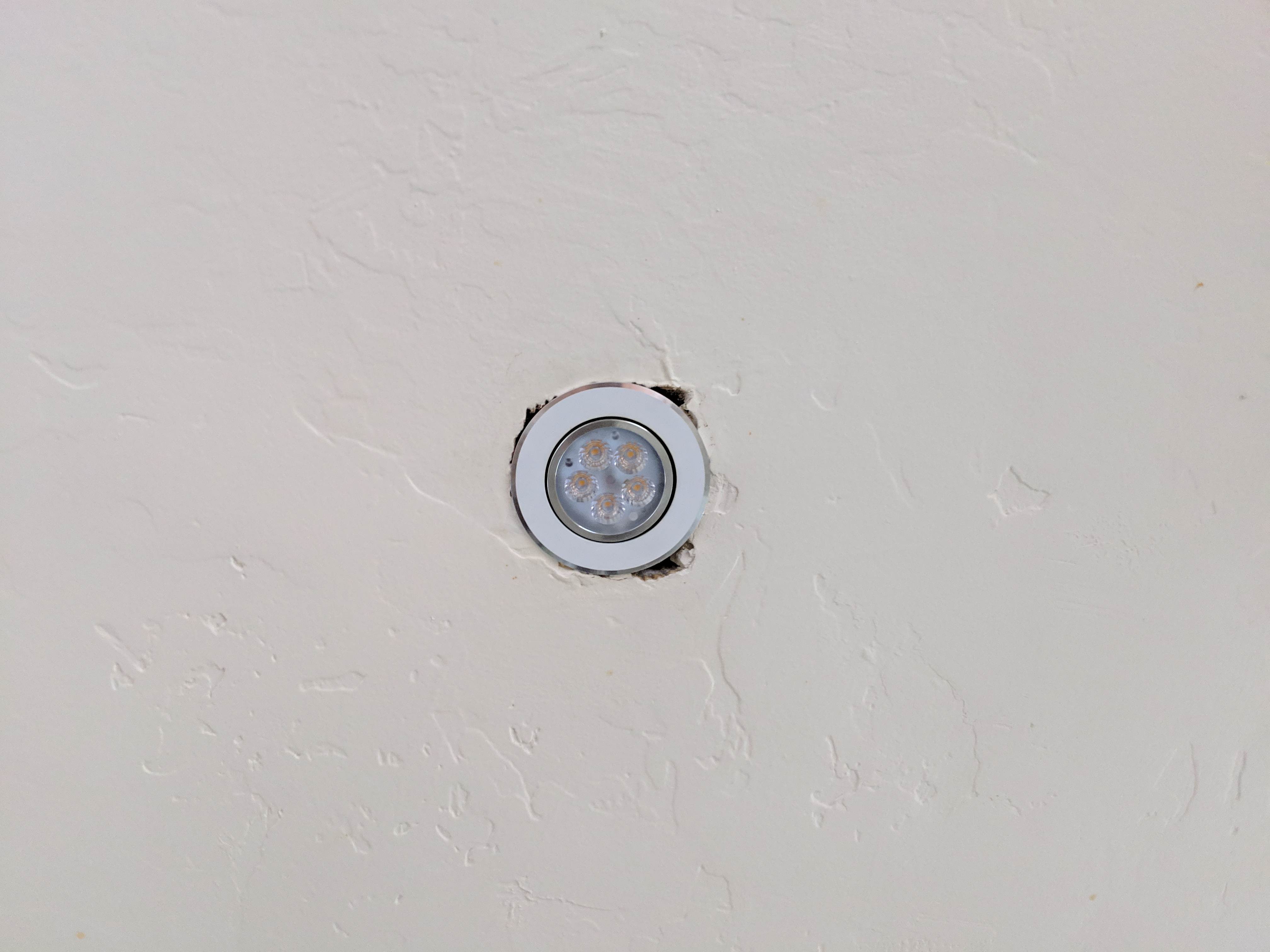 01-emailer-ceiling