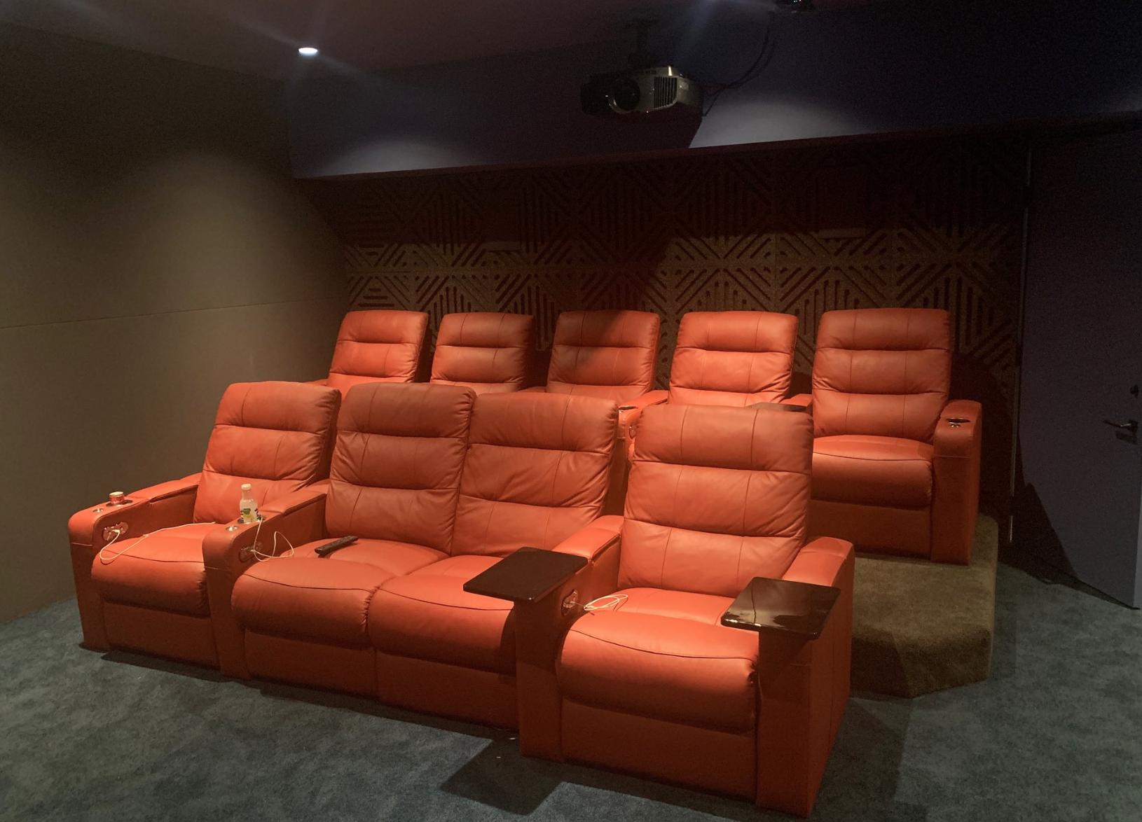 06-theater4