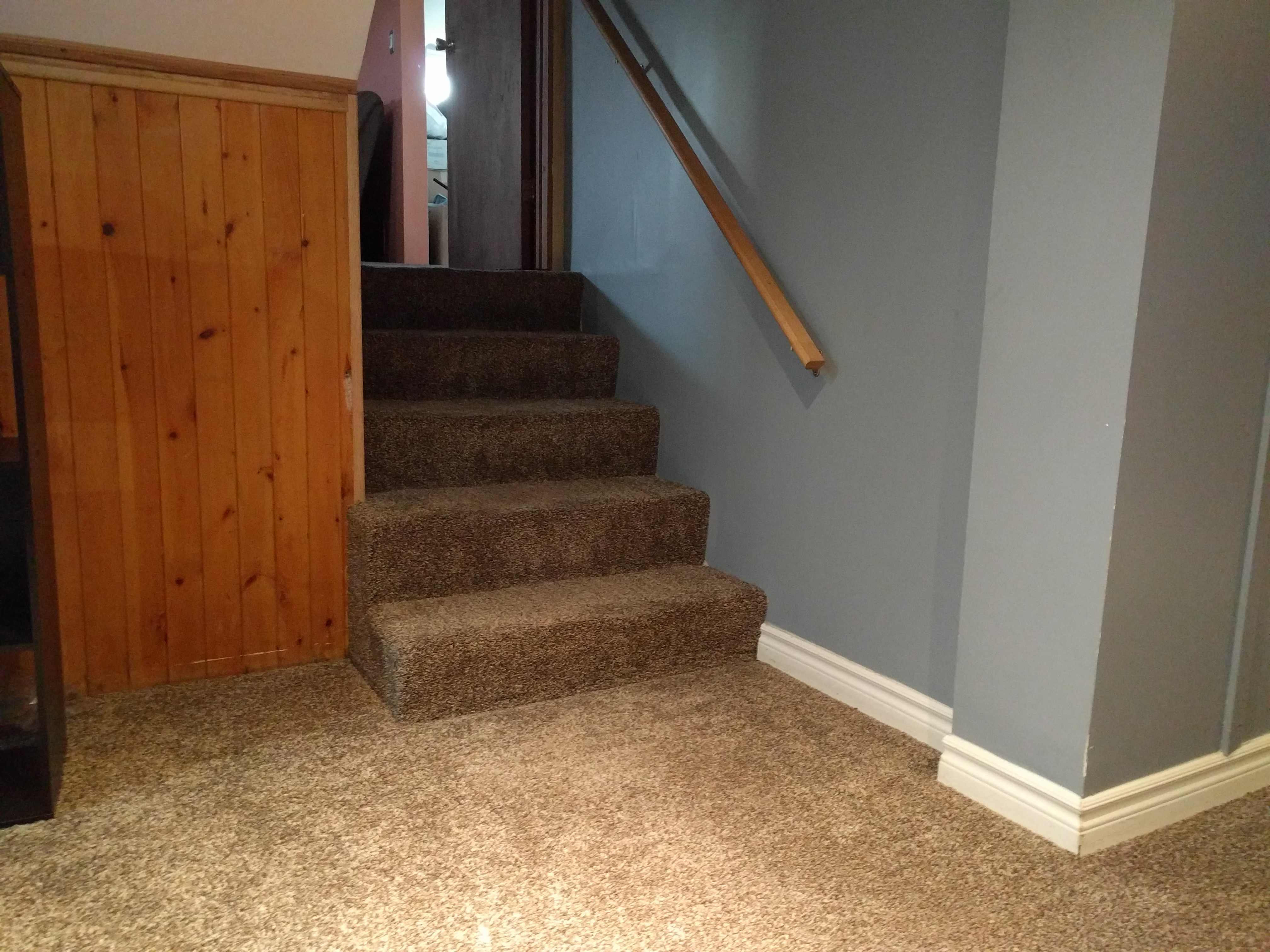 01-emailer-stairs